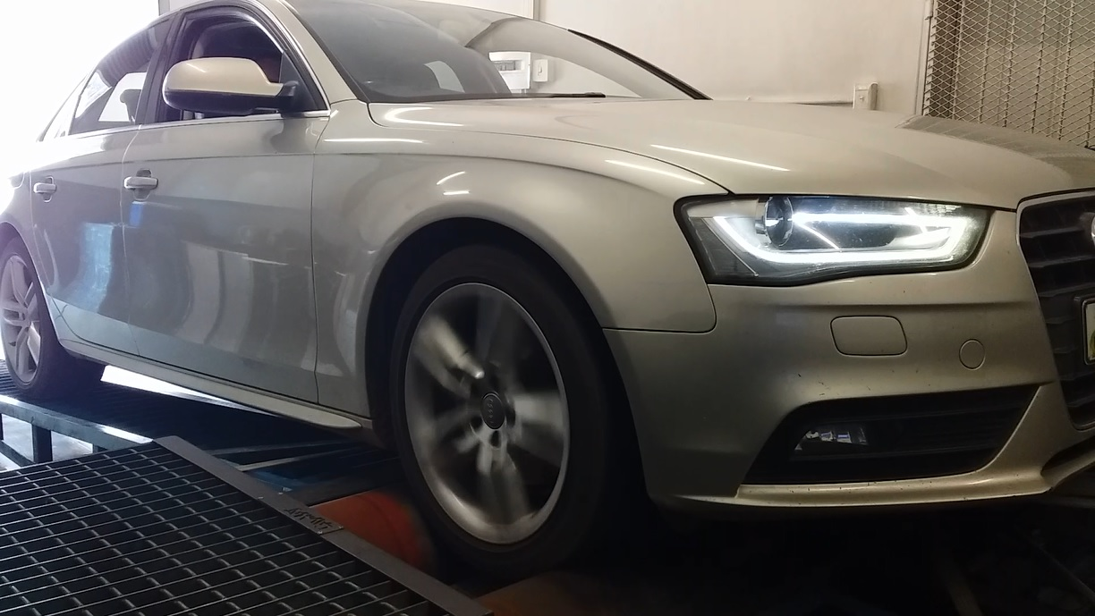 By Photo Congress    Audi A4 B7 2 0 Tdi Chip Tuning Opinie